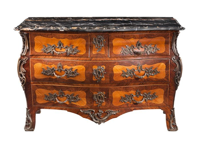6-700x495.jpg - Identifying Antique Furniture - Musarts.net